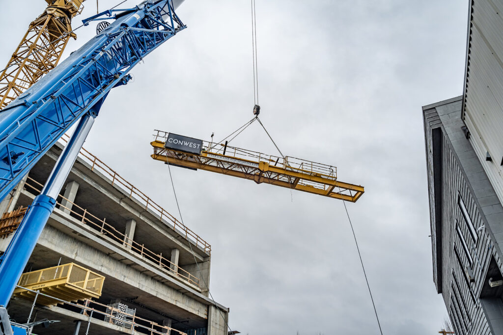 Crane Removal at HOUSS